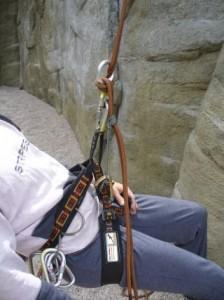 Foto Abseilen mit Prusikschlinge
