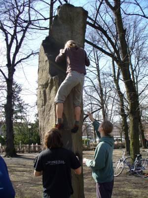 Foto: City Boulder Gruppe, Klettersafari, Stadtklettern, Urban Climbing, Potsdam, Berlin